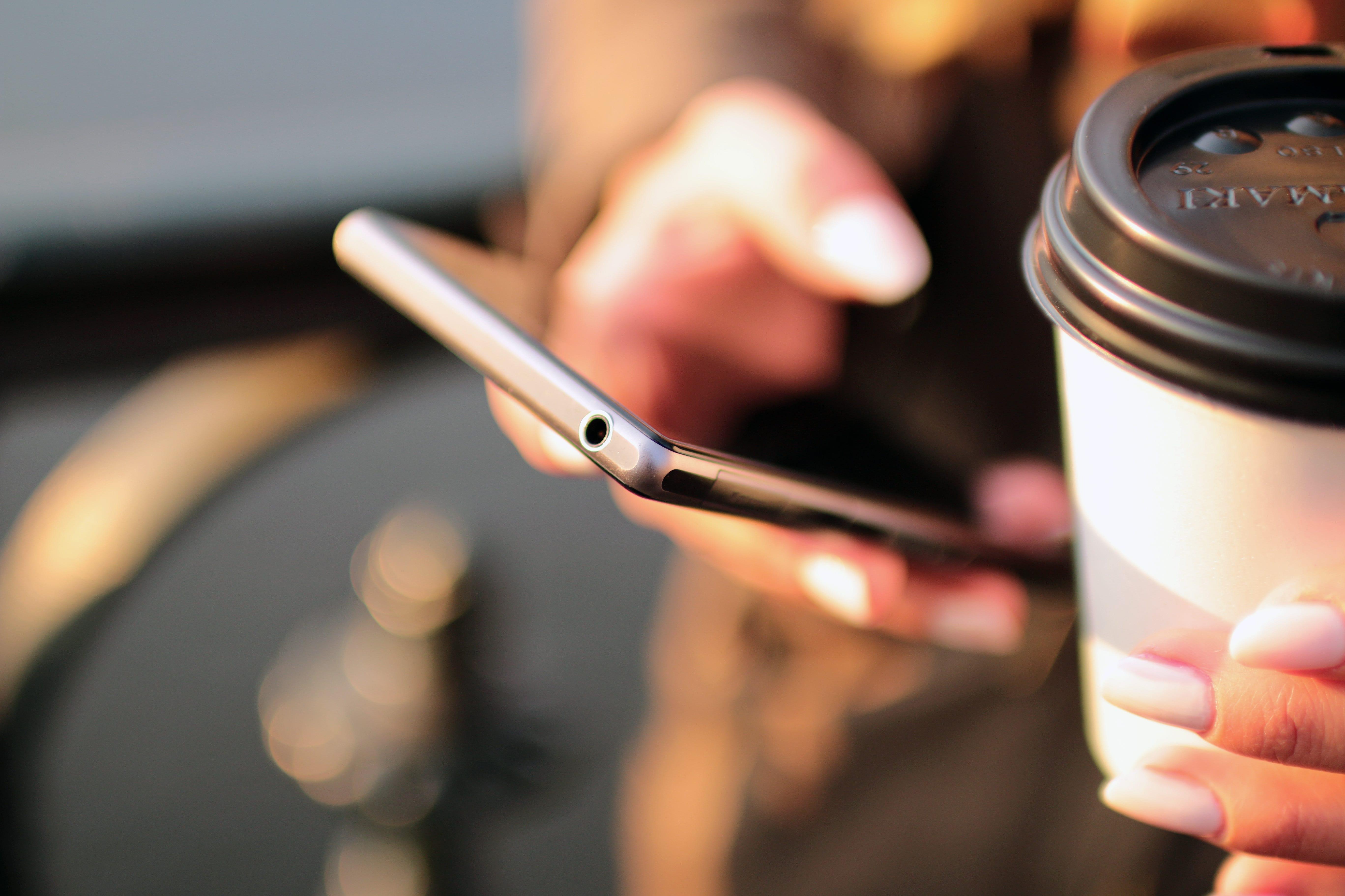 мобильные операторы польши, сотовой связи, поступить в Польшу, высшее образование в Польше, учеба в Польше, обучение в Польше, образовательный центр AMBASADOR