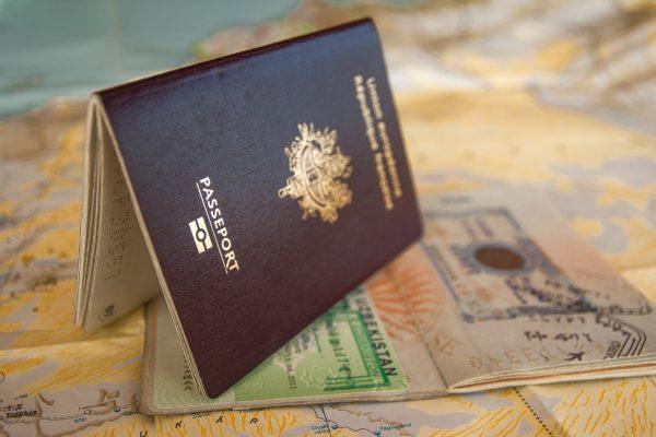 продлить визу в польше, поступить в Польшу, высшее образование в Польше, учеба в Польше, обучение в Польше, образовательный центр AMBASADOR