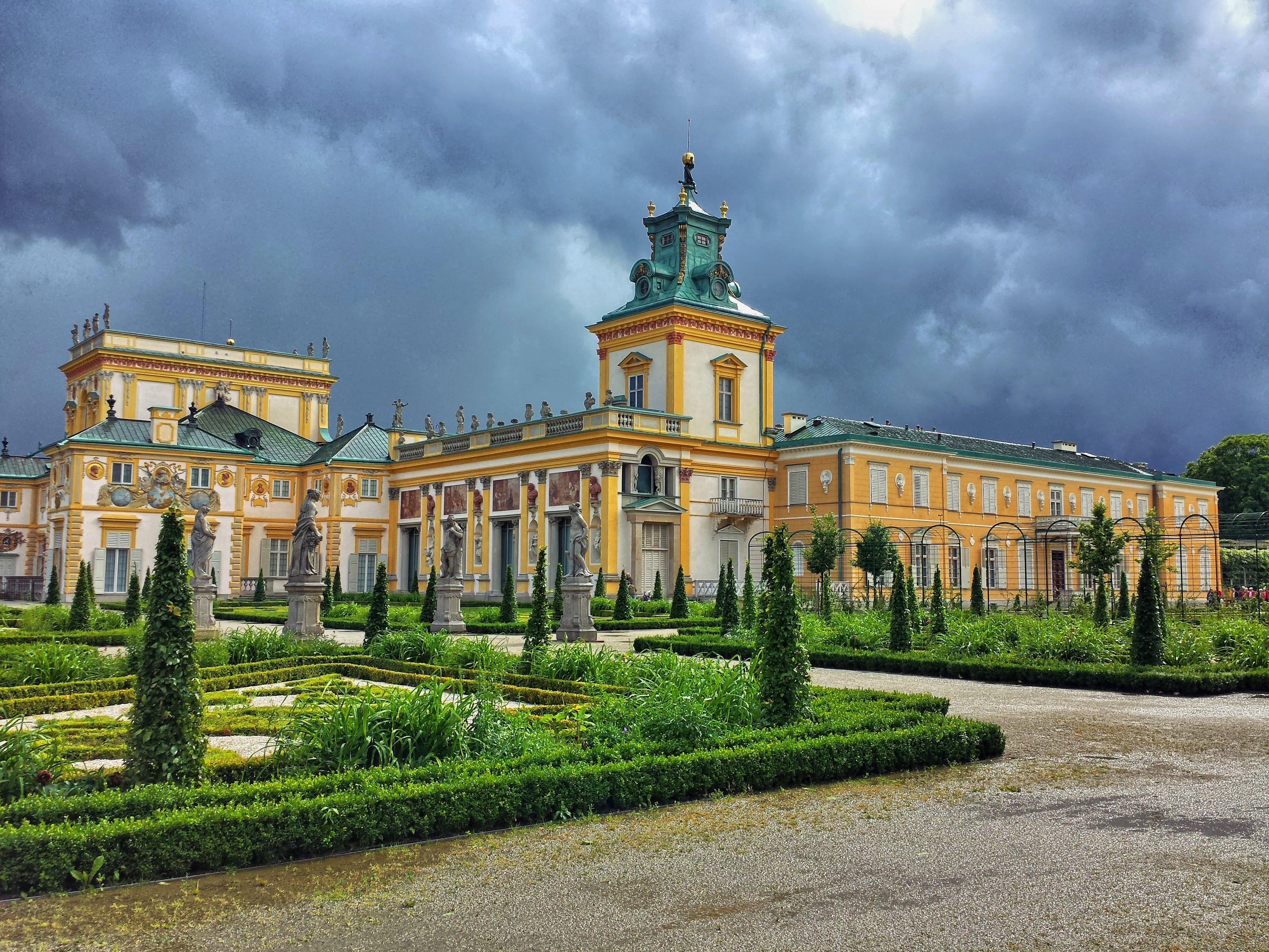 поступить в Польшу, высшее образование в Польше, учеба в Польше, обучение в Польше, образовательный центр AMBASADOR, Вилянувский дворец