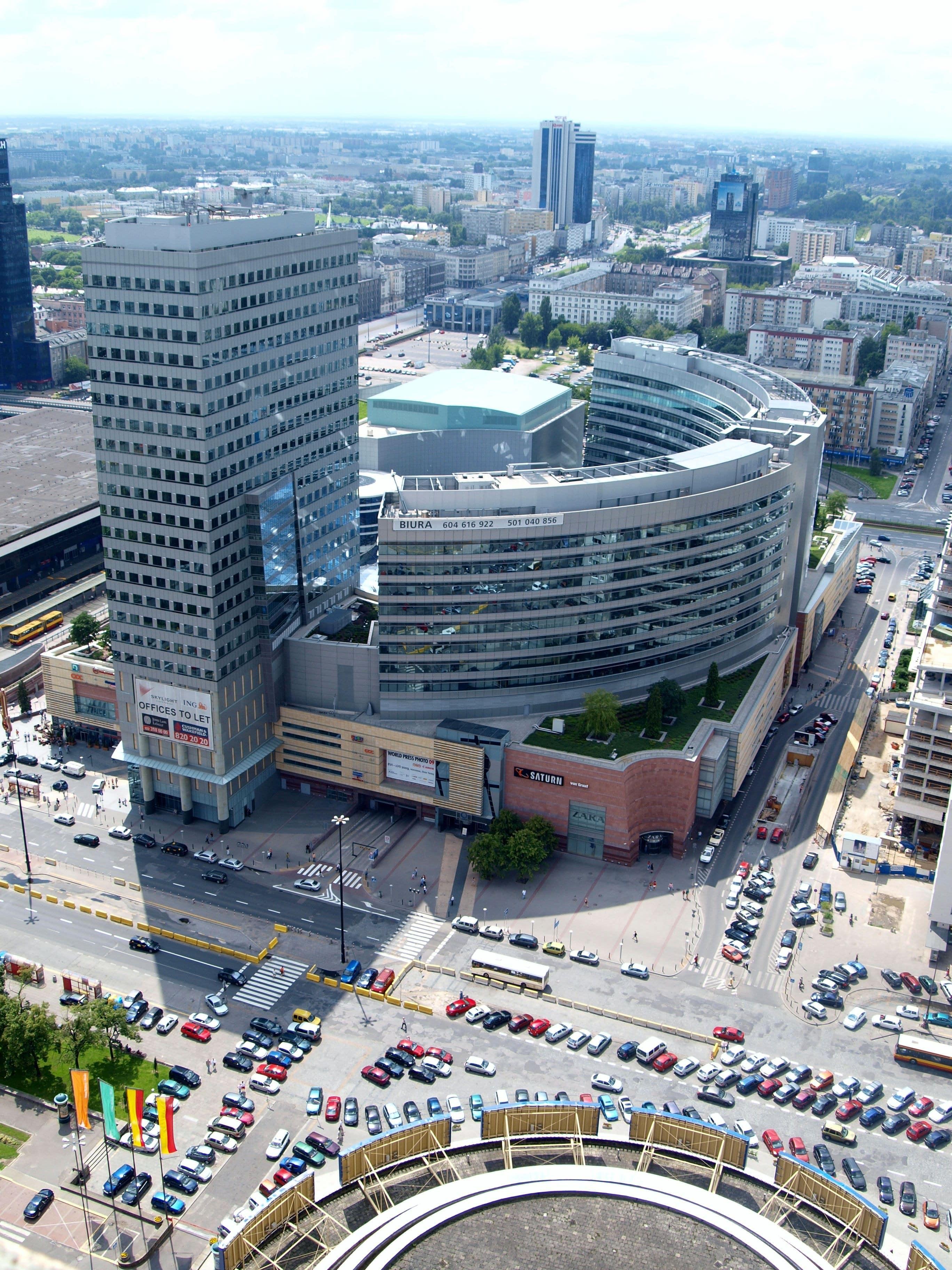 поступить в Польшу, высшее образование в Польше, учеба в Польше, обучение в Польше, образовательный центр AMBASADOR, покупки в Польше