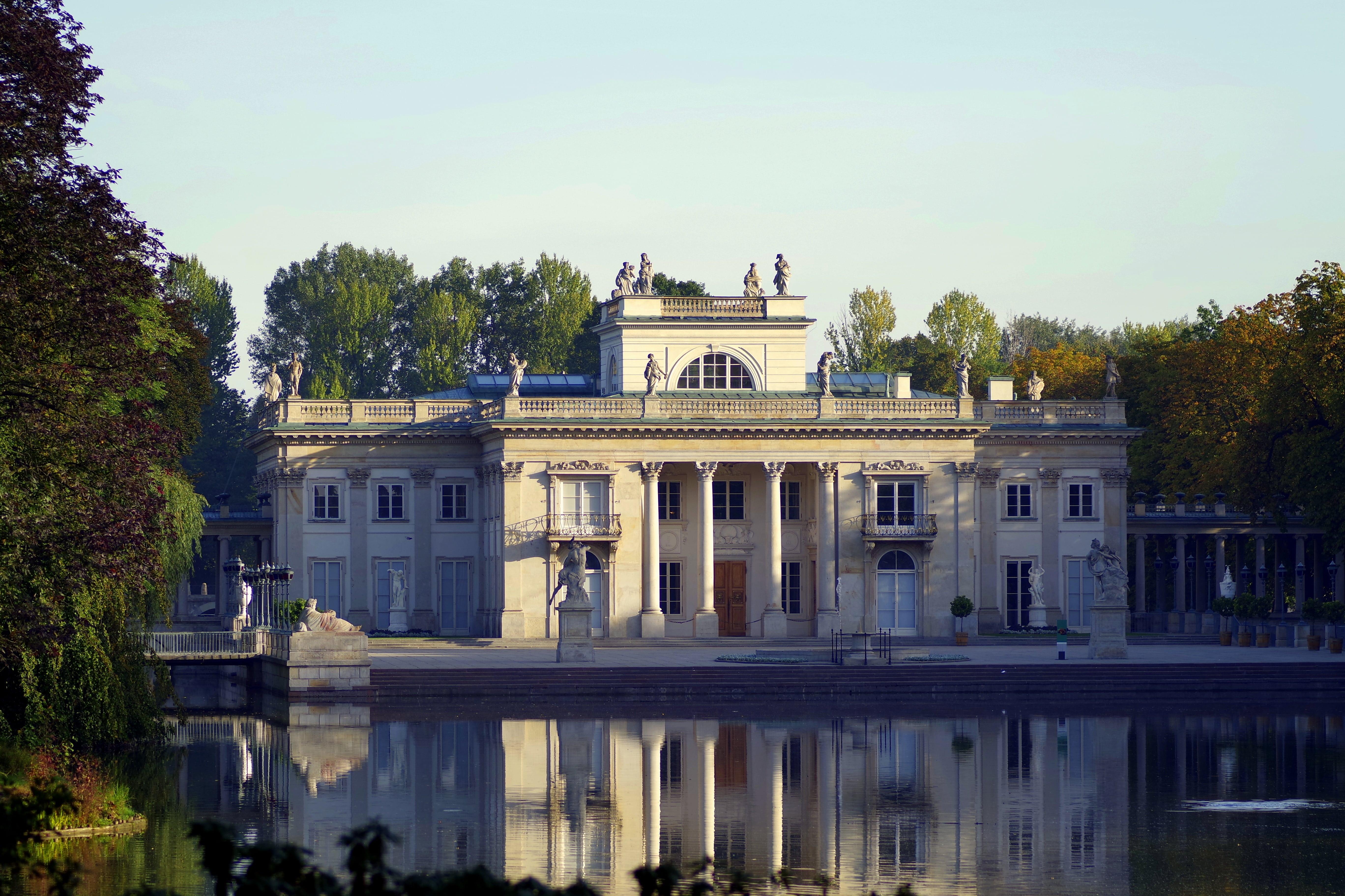 Парк Лазенки, поступить в Польшу, высшее образование в Польше, учеба в Польше, обучение в Польше, образовательный центр AMBASADOR